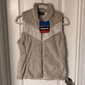 NWT Patagonia Pelage Cream Fuzzy Vest